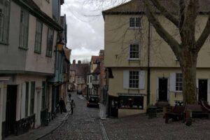 A Walking Tour of Norwich