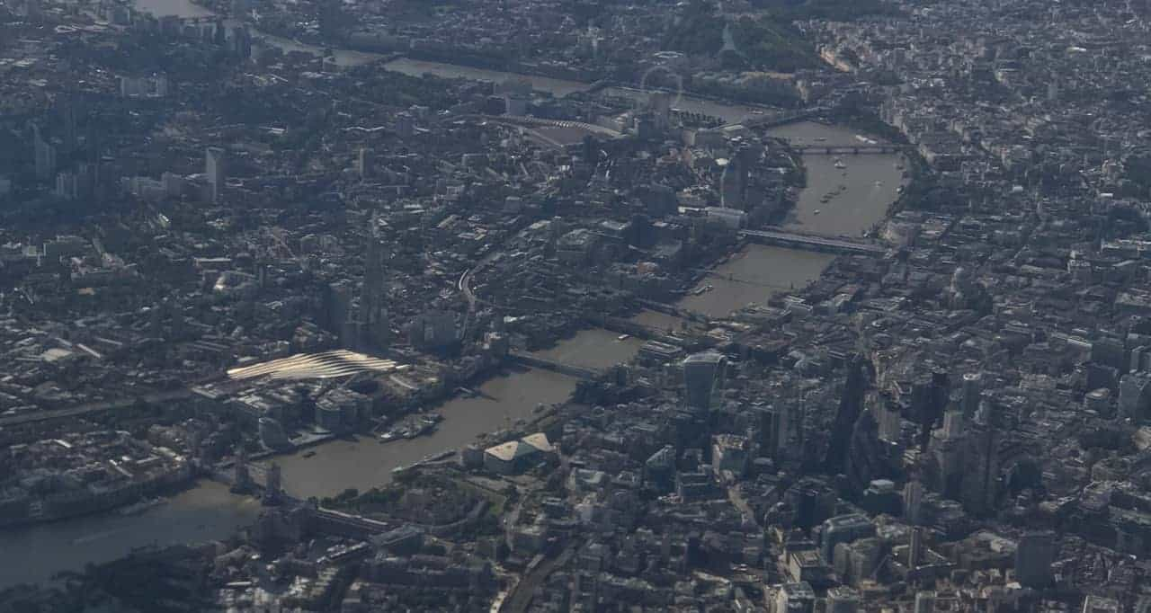 groundhopper's view of London Thames from airplane