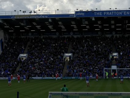 portsmouth EFL fans