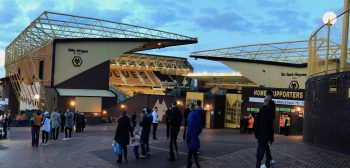 Meet an English Football Club: <BR>Wolverhampton Wanderers