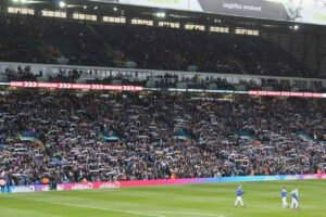 Groundhopper Soccer Guides <BR>Leeds United Tickets and Hospitality