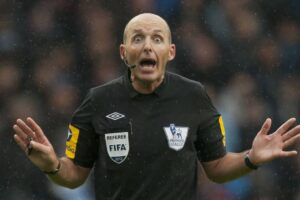How to Read a Soccer Referee