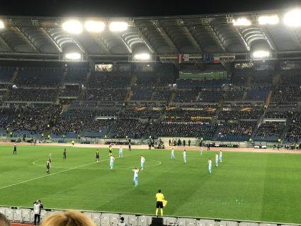 Lazio and Salzburg players on field at kickoff