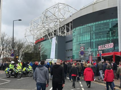 fans approaching Old Trafford Man United