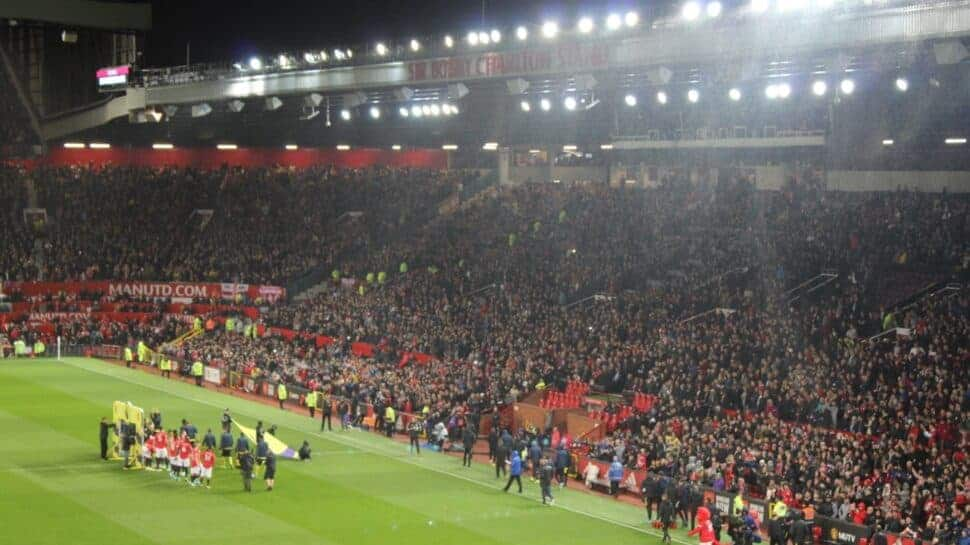liverpool man u rivalry old trafford