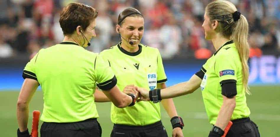 three female referees UEFA Super Cup