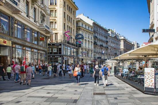 historic buildings and pedestrians on Vienna's Graben Street